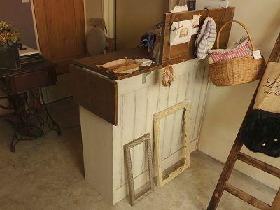 リトルパインのオーダー家具 バタフライカウンター(シャビー)