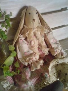 ウサギさんドール