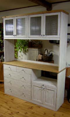 リトルパインのオーダー家具:アンティークカップボード