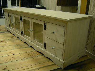 リトルパインのオーダー家具 アンティークTVボード