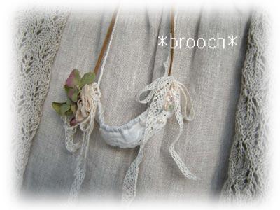 Brooch1112