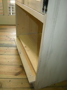 Flap_and_slide_cabinet_2