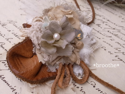 Brooche22necklace
