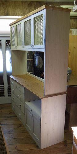 リトルパインのオーダー家具 アンティークカップボード