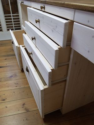 Natural_counter_muiti_drawer_4